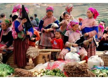 Sa Pa Market Tour: Discover minority villages Sunday Market in Sapa